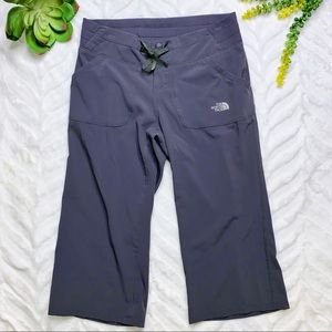 North Face Out The Door Apex Wide Leg Crops Sz S